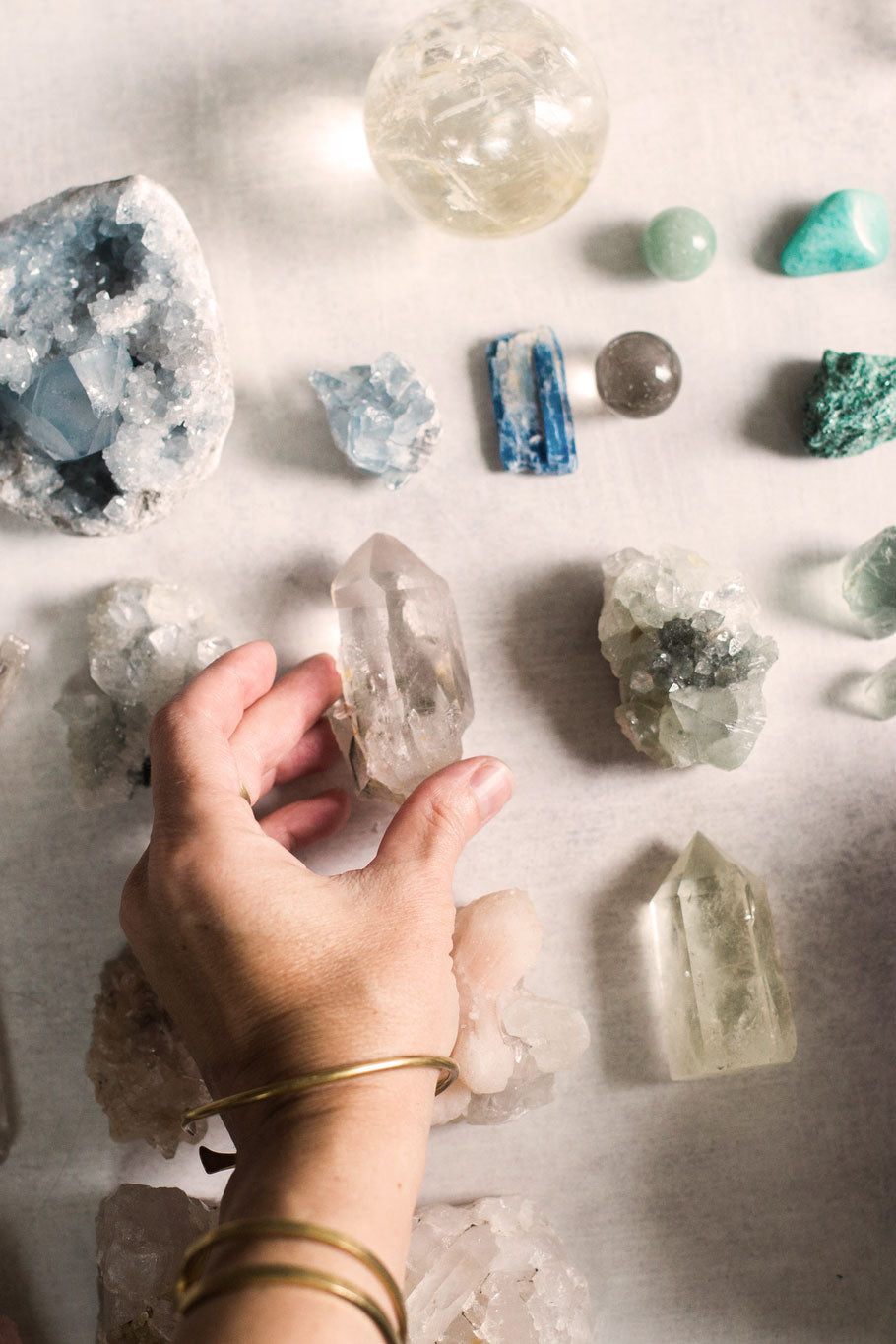 How to use quartz crystals for healing and how to choose the right crystal