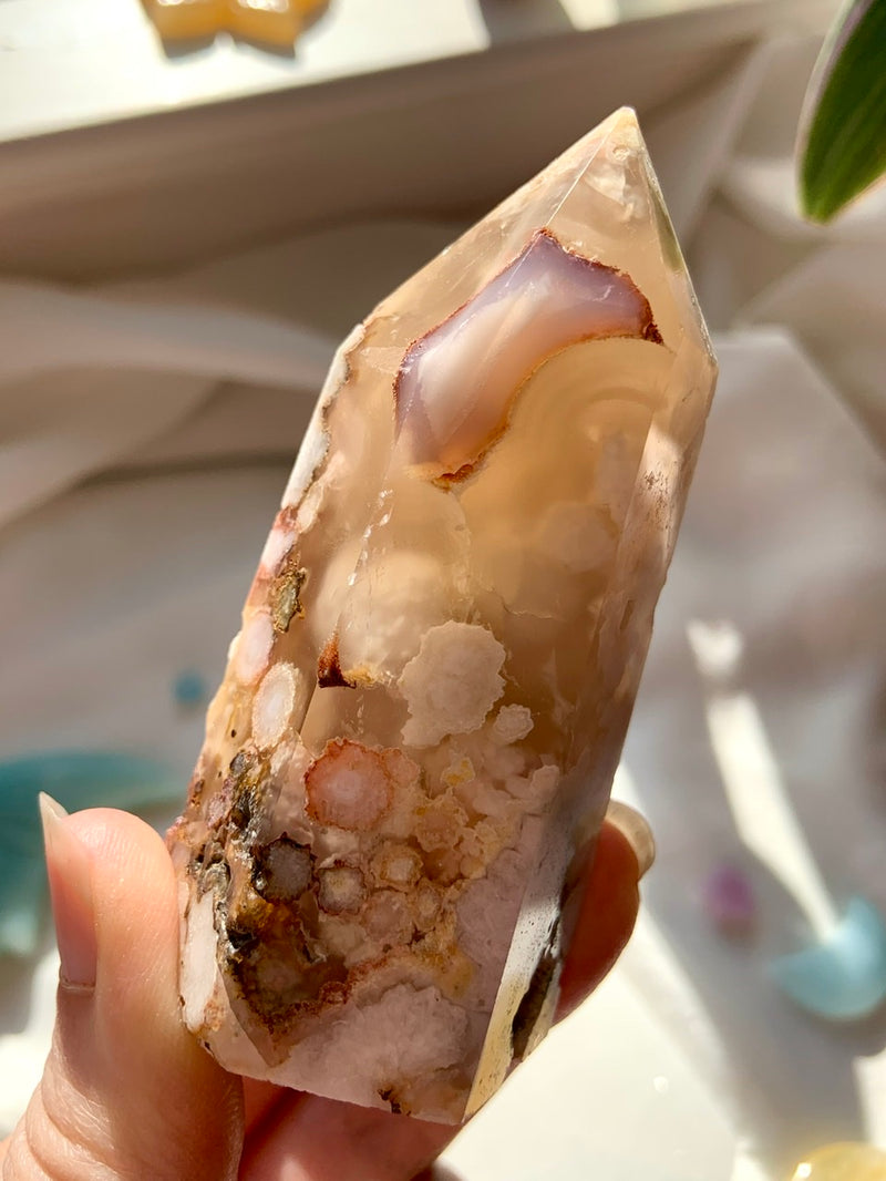White Cherry Blossoms FLOWER AGATE Tower
