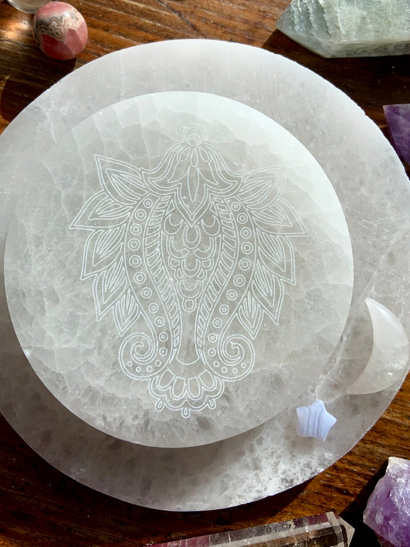 Henna Flower Etched Selenite Charging Plate