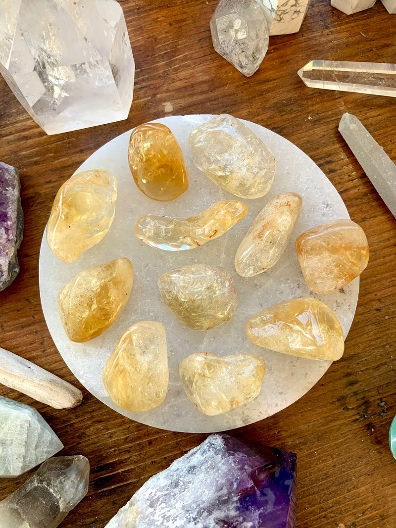 CITRINE CRYSTAL Tumbled Stones, Citrine Palmstone, Citrine Meditation Stones for Joy + Prosperity, Solar Plexus Crystals, Feng Shui Crystals