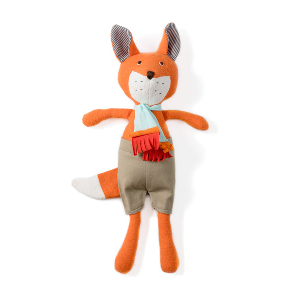 Reginald Fox in Shorts and Scarf