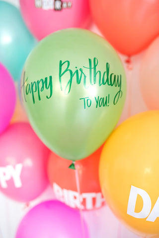 simple birthday idea_write on a ballon