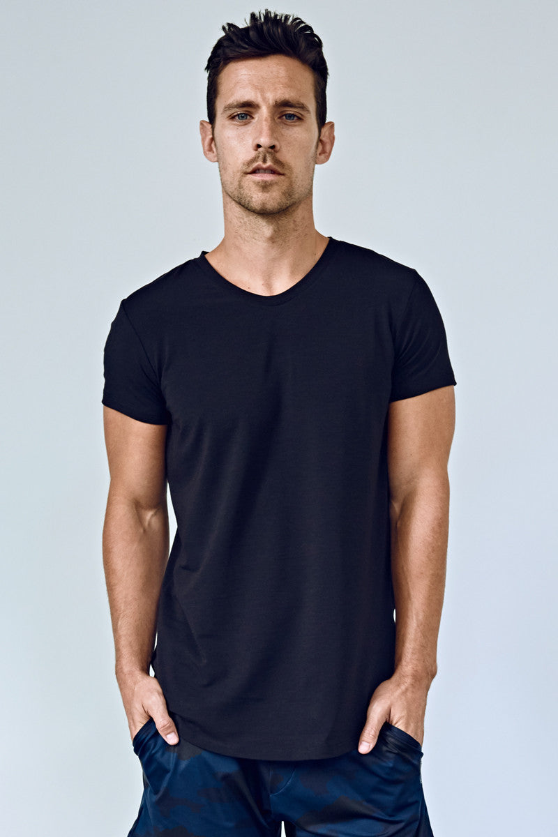 EYSOM Men's Black Short Sleeve Foundation Scoop Neck Tee