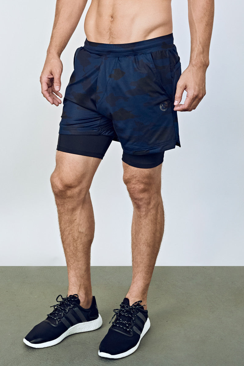 b7cce2a43b ... EYSOM Men's Navy Camouflage and Black Performance Shorts with Tights ...