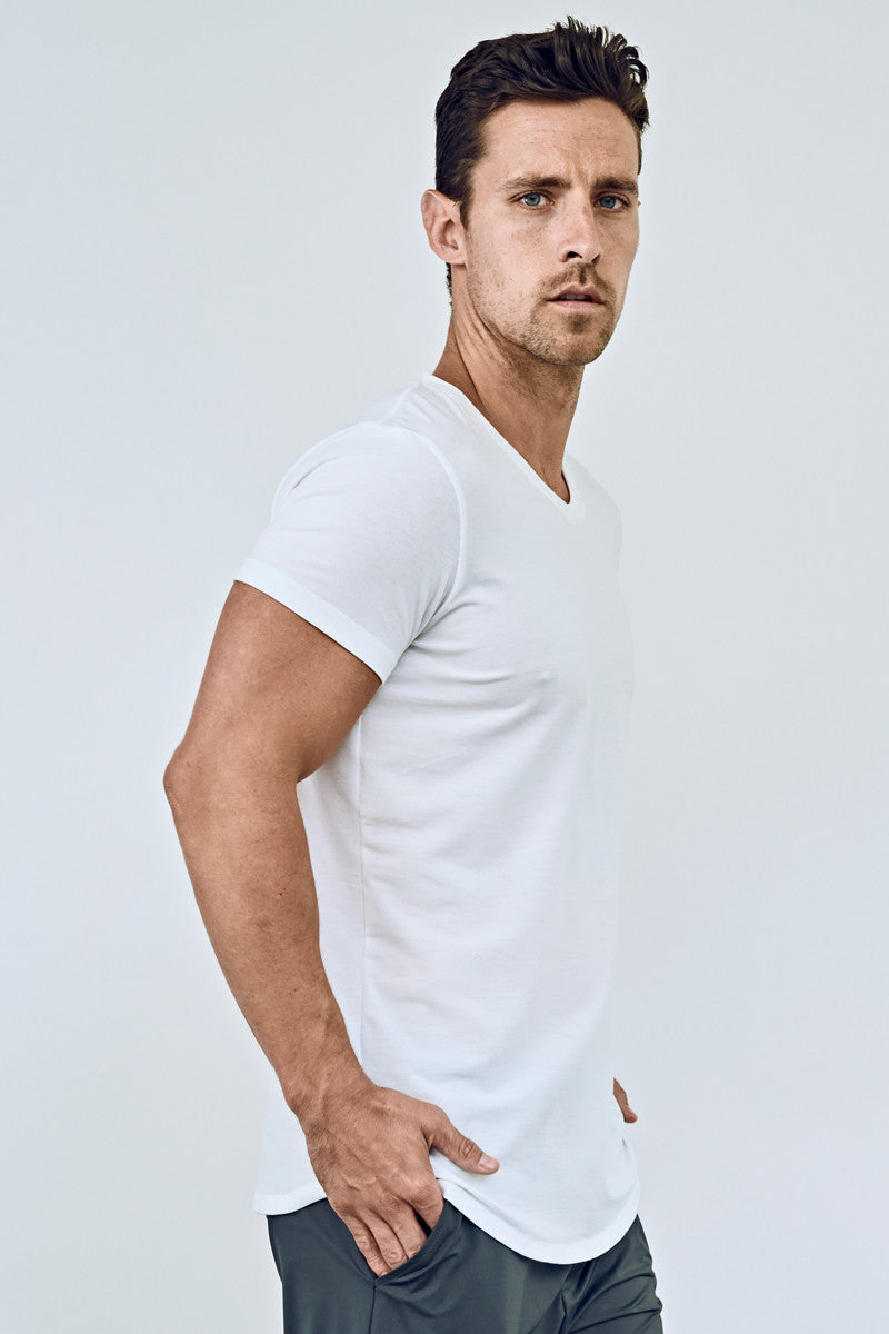 EYSOM Men's White Short Sleeve Foundation Scoop Neck Tee