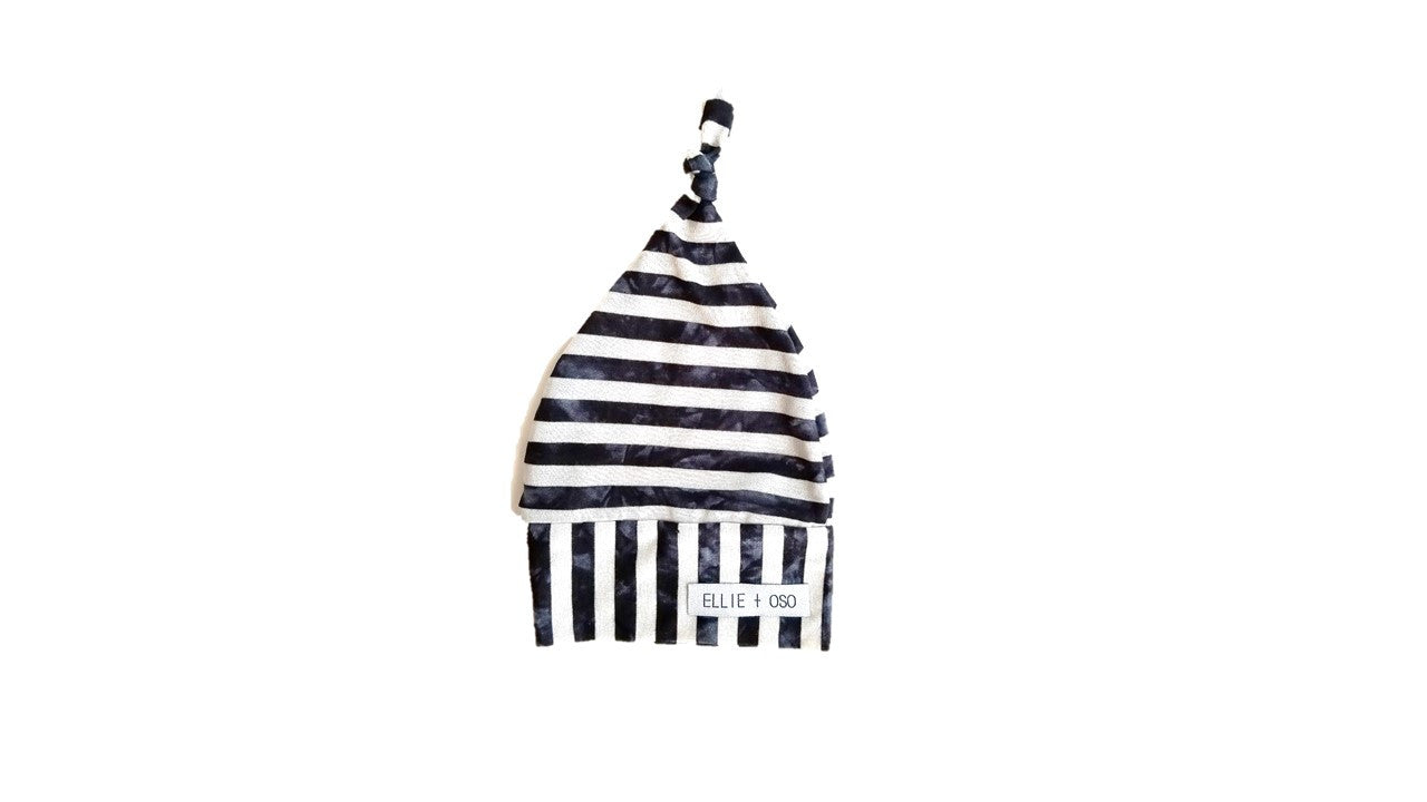 Knotted Hat Stripe