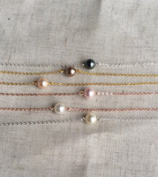 Rose gold solitaire Pearl necklace