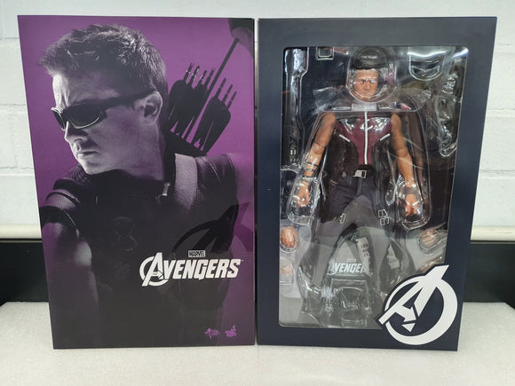 THE AVENGERS HAWKEYE 1/6TH SCALE LIMITED EDITION COLLECTABLE HOT TOY FIGURINE
