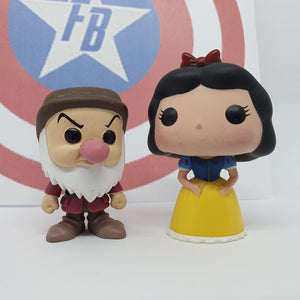 Disney - Snow White & Grumpy Out of Box Mini Pop! Vinyl
