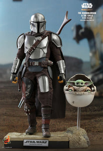 "Star Wars: The Mandalorian - Mandalorian & The Child Deluxe 1:6 Scale 12"" Hot Toy Action Figure"