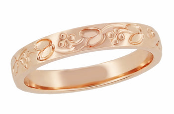 Art Deco Leaves and Flowers Carved Wedding Band in 14 Karat Rose Gold