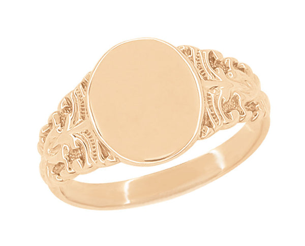 Victorian Engraved Fleur-de-Lis Oval Pinky Signet Ring in 14 Karat Rose Gold