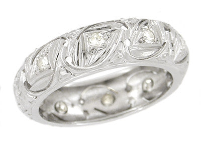 Art Deco Triangle Filigree Diamond Wedding Band in Platinum - Size 4.5