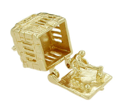 Movable Jail House Charm in 14 Karat Gold - Item: C249 - Image: 1