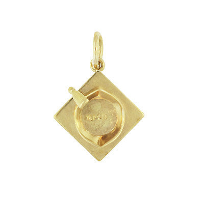 Graduate's Cap Charm in 14 Karat Yellow Gold - Item: C650 - Image: 1