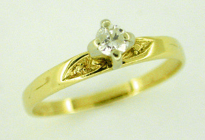 Diamond Solitaire Estate Engagement Ring in 14 Karat Gold
