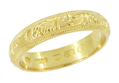 Hand Engraved Antique Victorian Wedding Band in 22 Karat Gold - Circa 1905