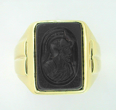 Men's Onyx Intaglio Ring in 14 Karat Gold