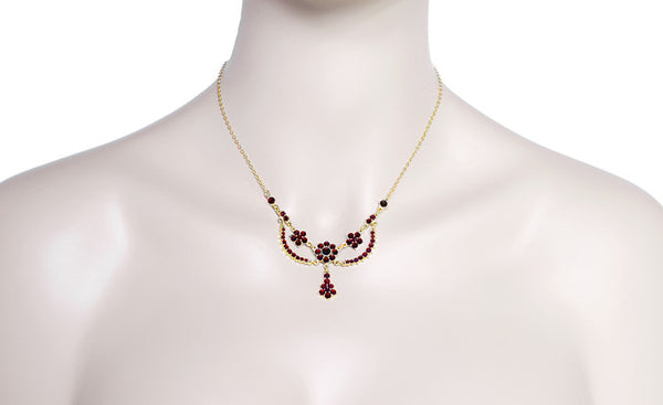Victorian Bohemian Garnets Teardrop Necklace in Sterling Silver with Yellow Gold Vermeil - Item: N180 - Image: 2