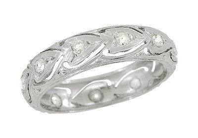 Pachaug Antique Diamond Hearts Art Deco Platinum Wedding Ring - Size 5