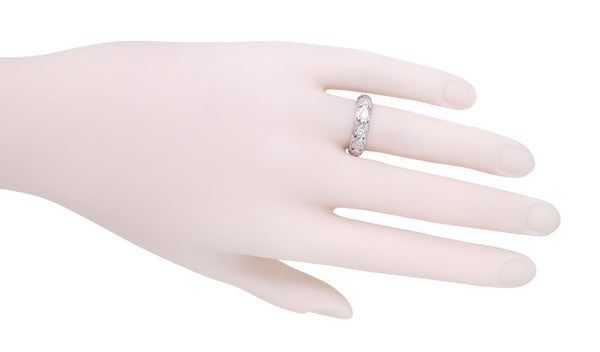Forestville Art Deco Vintage Diamond Wedding Band in Platinum - Size 6 - Item: R1079 - Image: 1