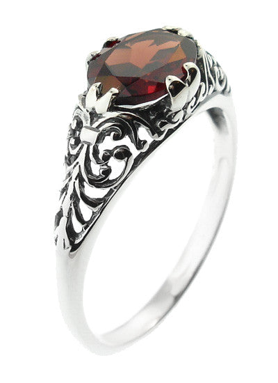 Edwardian Filigree Oval Almandine Garnet Promise Ring in Sterling Silver - Item: R1125G - Image: 2