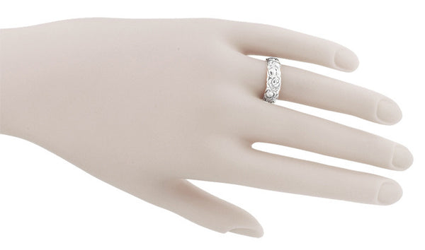 Engraved Roses Retro Wedding Ring in 14 Karat White Gold - Item: R1144W - Image: 2