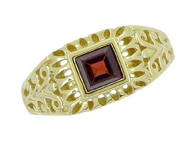 Art Deco Egyptian Motif Filigree Garnet Ring in 14 Karat Yellow Gold - Item: R1152 - Image: 2
