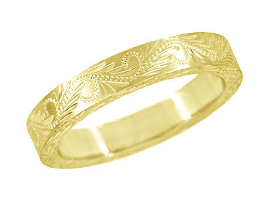 Western Engraved Scrolls & Leaves Antique Style Wedding Band in Yellow Gold