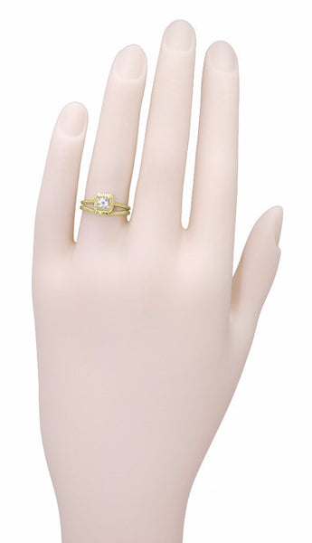 Art Deco Curved Engraved Wheat Wedding Ring in 14 Karat Yellow Gold - Item: R1166Y - Image: 5