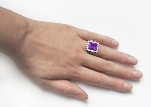 Retro Amethyst Cocktail Ring with Diamonds in 18 Karat White Gold - Item: R1176WAM - Image: 5