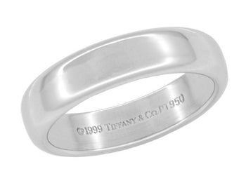 Like New Tiffany & Co Lucida Wedding Band in Platinum - 4.5mm - Ring Size 5 - Retail $1775