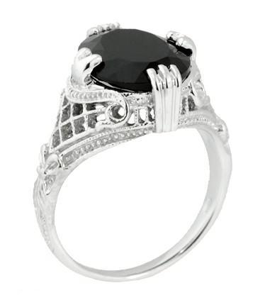 Onyx Oval Filigree Ring - White Gold