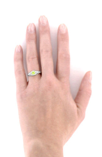 Art Deco Engraved Peridot and Diamond Filigree Engagement Ring in Platinum - Item: R138PPER - Image: 5