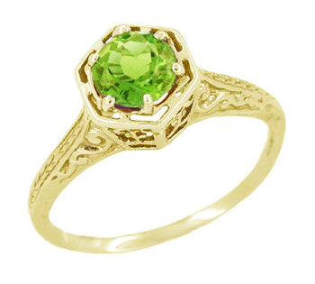 Art Deco Hexagon Filigree Peridot Ring in 14K Yellow Gold