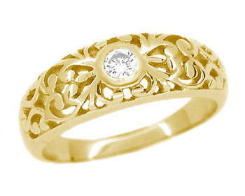 Filigree Edwardian White Sapphire Ring in 14 Karat Yellow Gold