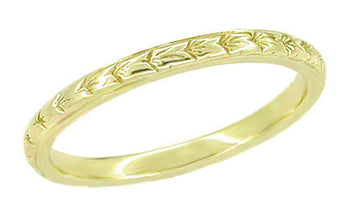 Art Deco 2mm Wide Thin Engraved Wheat Wedding Ring in 14 Karat Yellow Gold
