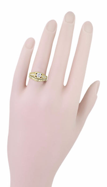 Art Deco Filigree Diamond Wheat Engraved Engagement Ring in 18 Karat Yellow Gold - Item: R296Y50D - Image: 6