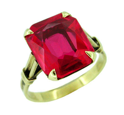 Antique Created Ruby Ring in 14 Karat Gold - Scissors Cut