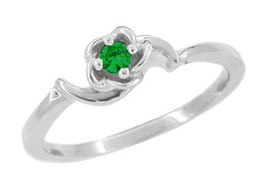 Retro Moderne Rose Emerald Promise Ring in 14 Karat White Gold