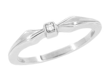 Retro Diamond Promise Ring Bow Band in 14 Karat White Gold