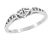 Filigree Hearts Promise Ring in 14 Karat White Gold