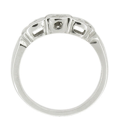 Retro Moderne Filigree Scalloped Diamond Wedding Band in 14 Karat White Gold - Item: R463 - Image: 1