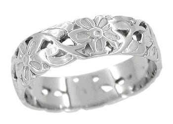 Art Nouveau Flowers and Leaves Vintage Design Wedding Band in Platinum | 5mm Wide | Size 6