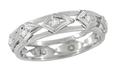 Kite Art Deco Estate Diamond Wedding Band in 18 Karat White Gold - Size 4