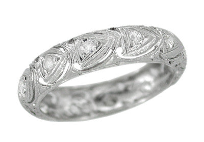 Wallingford Art Deco Hearts Diamond Wedding Band in Platinum - Size 5 1/4