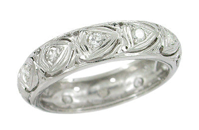 Hallsville 1920s Diamond Hearts Antique Wedding Band in Platinum - Size 5 1/2