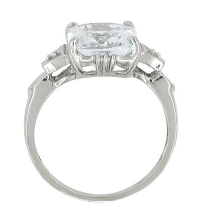 Antique Art Deco Aquamarine Ring in 14 Karat White Gold - Item: R609 - Image: 1