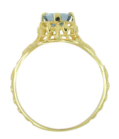 Art Deco Emerald Cut Aquamarine Filigree Engagement Ring in 18 Karat Yellow Gold - Item: R617 - Image: 3