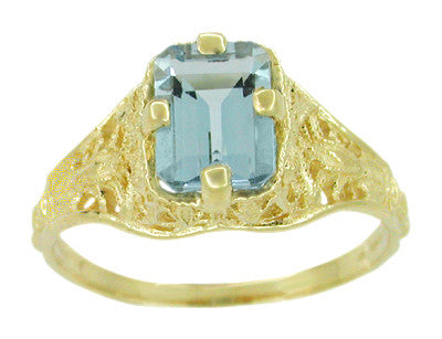 Art Deco Emerald Cut Aquamarine Filigree Engagement Ring in 18 Karat Yellow Gold - Item: R617 - Image: 1
